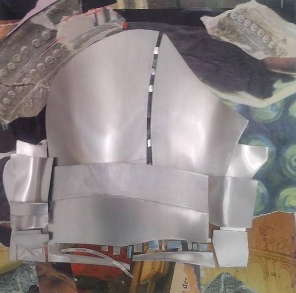 Uberto Lunedei-Modelli Archetettonici n.°3 -Tecnica mista con lamine di alluminio su tavola (45x45 cm.)