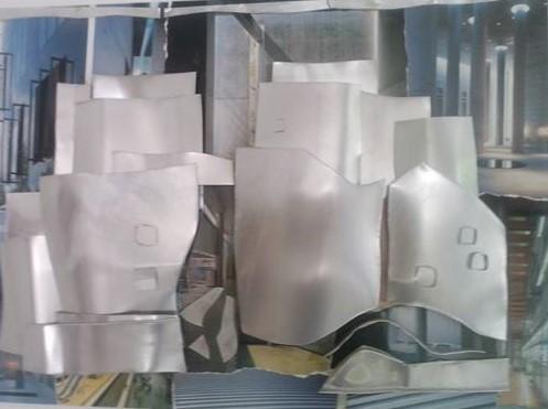 Uberto Lunedei-Modelli Archetettonici n.°1 -Tecnica mista con lamine di alluminio su tavola (50×70 cm.)